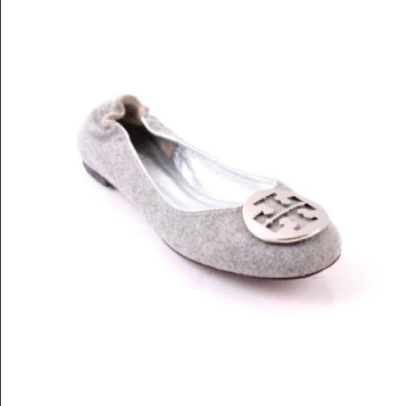 acd501d9df20 Tory Burch Gray Wool Felt T Logo Reva Ballet Flat.  M 5aeb66649a94554c569b7fe8